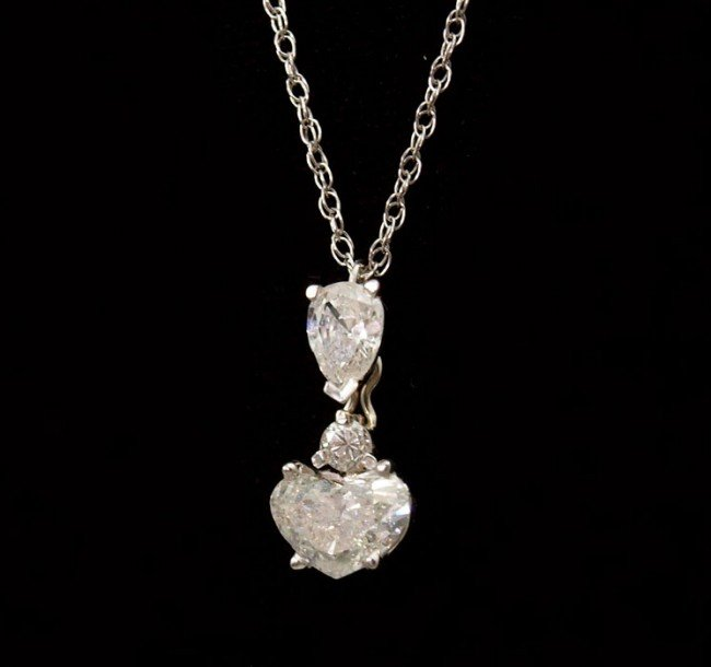 25: 1.29 CTW HEART ROUND & PEAR DIAMOND NECKLACE