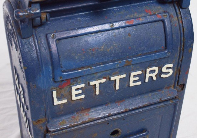 413: VINTAGE CAST IRON US LETTER BOX - 2