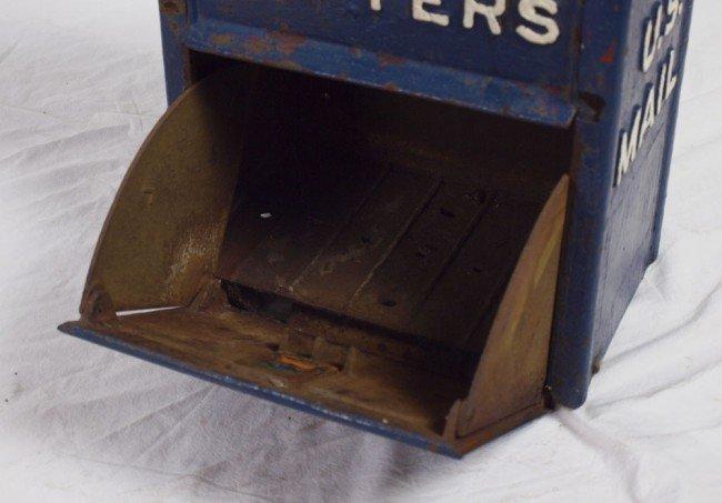413: VINTAGE CAST IRON US LETTER BOX - 3