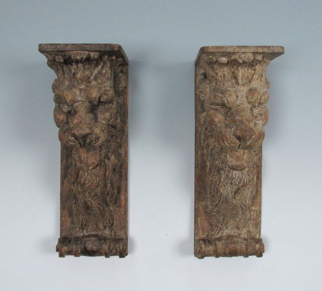 21: PAIR OLD CARVED OAK FIGURAL LION WALL BRACKETS