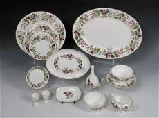 273 89 pc WEDGWOOD HATHAWAY ROSE FINE  CHINA