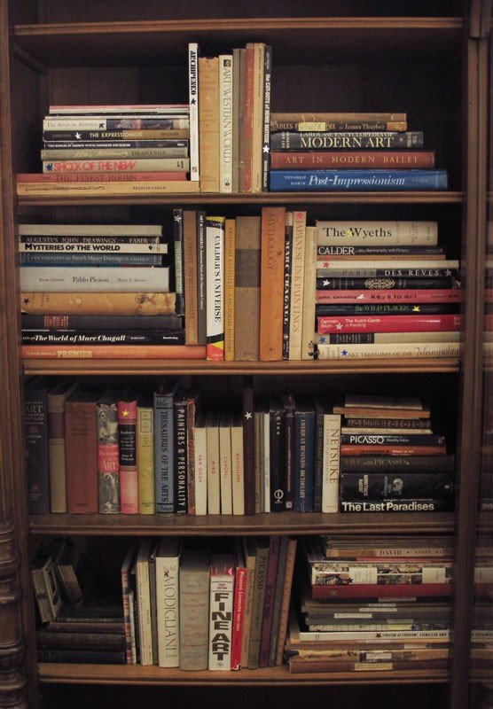 16A: LARGE COLLECTION OF ART REFERENCE BOOKS