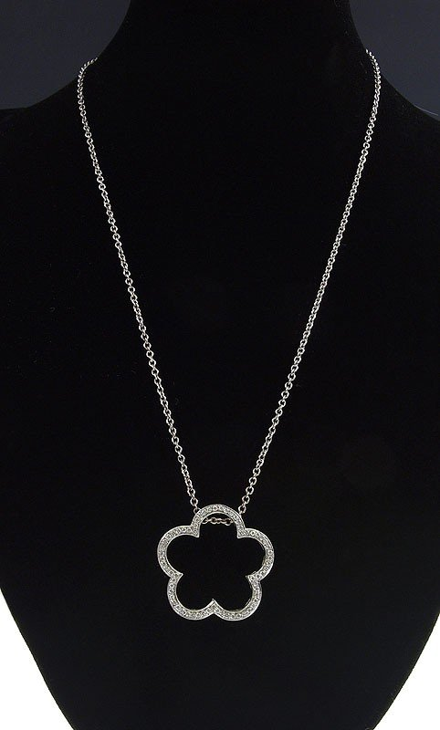 108: HEIDI KLUM 18k DIAMOND CLOVER NECKLACE
