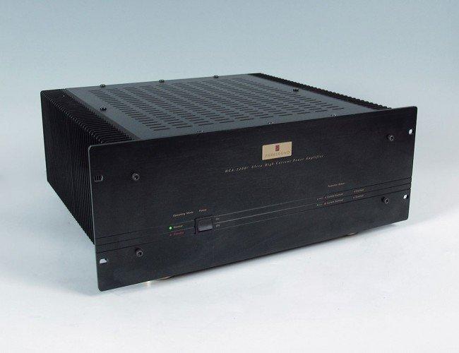 536: PARASOUND HCA-2200 II POWER AMPLIFIER