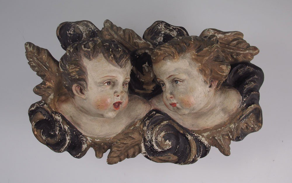 19: PAINTED, CARVED WOOD AND GESSO RELIEF OF ANGELS