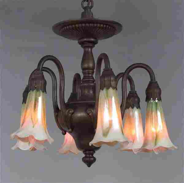 TIFFANY ERA HANGING LAMP WITH IRIDESCENT ART GLASS