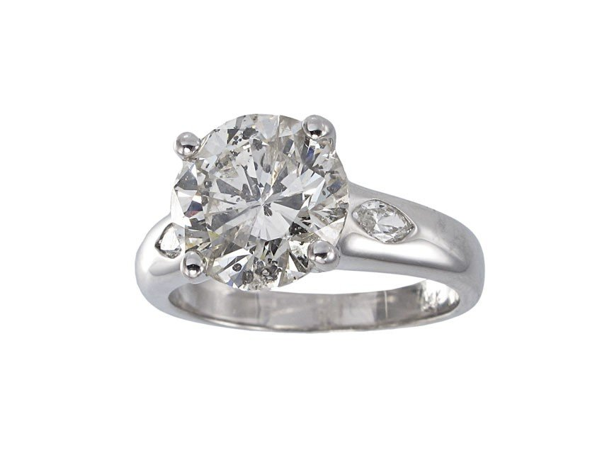 91: 4.35  CT DIAMOND SOLITAIRE RING  14K GOLD size 8
