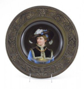 EXQUISITE PORTRAIT PLATE FRAMED IN BRONZE