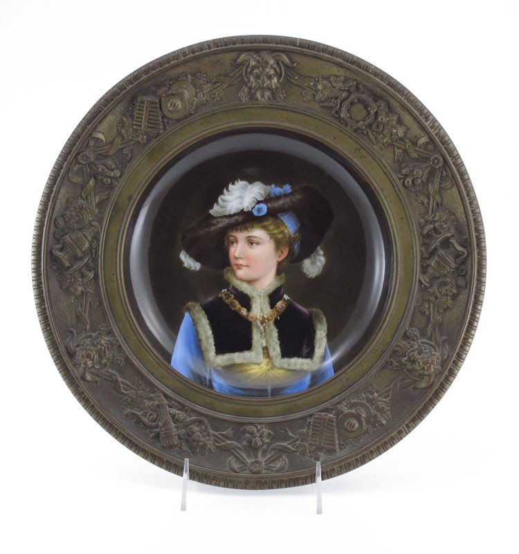 4: EXQUISITE PORTRAIT PLATE FRAMED IN BRONZE