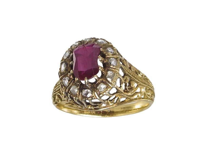 18K ANTIQUE BALINESE RUBY AND DIAMOND RING Sz 5