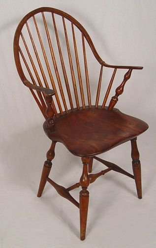 1078: EARLY BOW BACK WINDSOR CHAIR