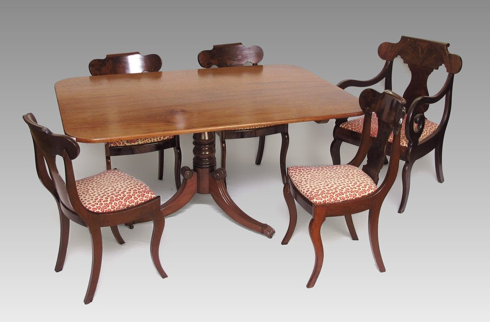 49: ENGLISH TILT TOP DINING TABLE & CHAIRS