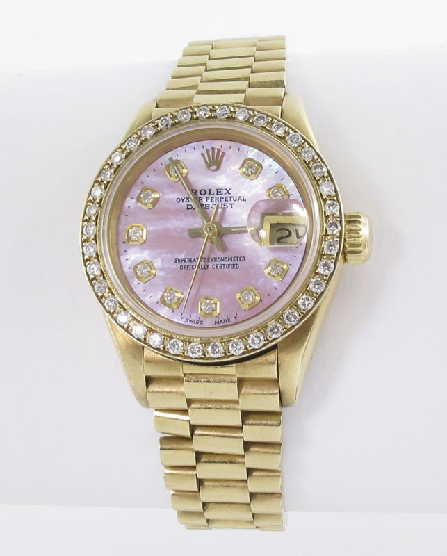 63: ROLEX 18K GOLD & DIAMOND LADIES WATCH MOP DIAL