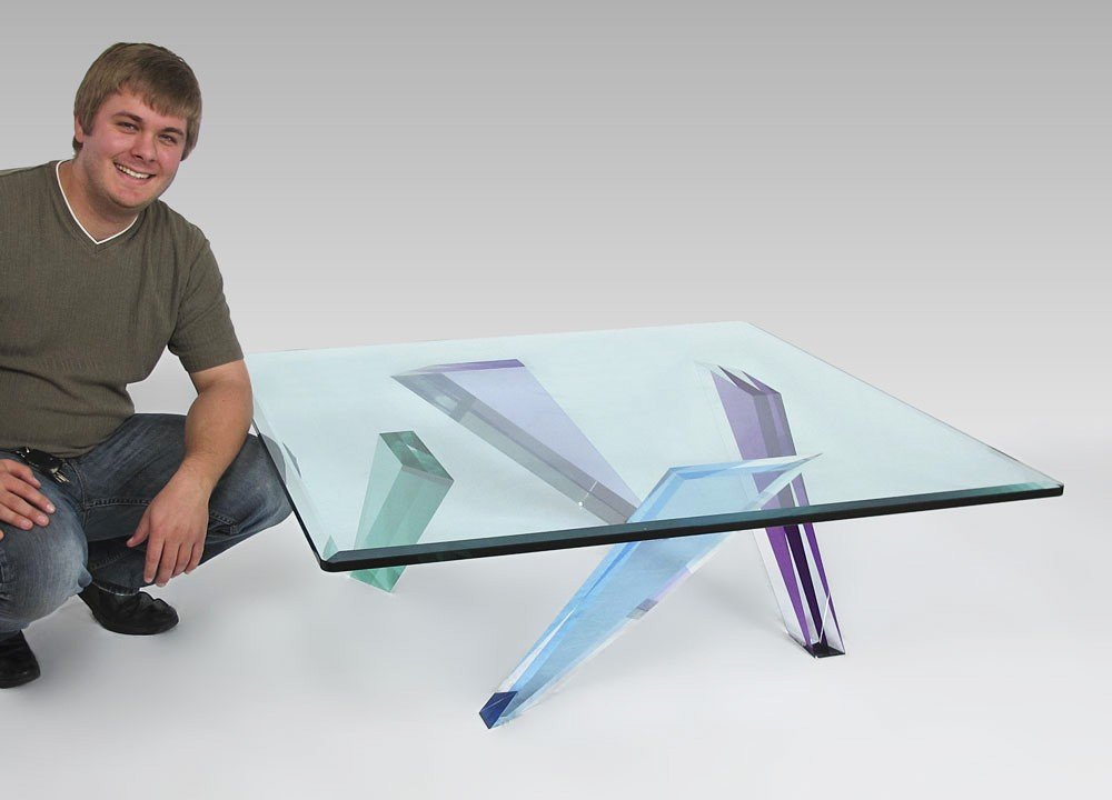 17: MODERN COLORED LUCITE COFFEE TABLE