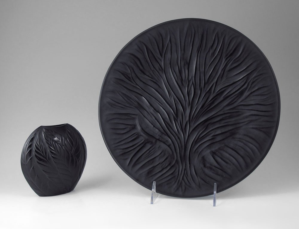 14: DRAMATIC FRENCH LALIQUE ALQUES PLATE AND VASE