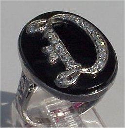 1010B: DECO DIAMOND INITIAL RING PLATINUM