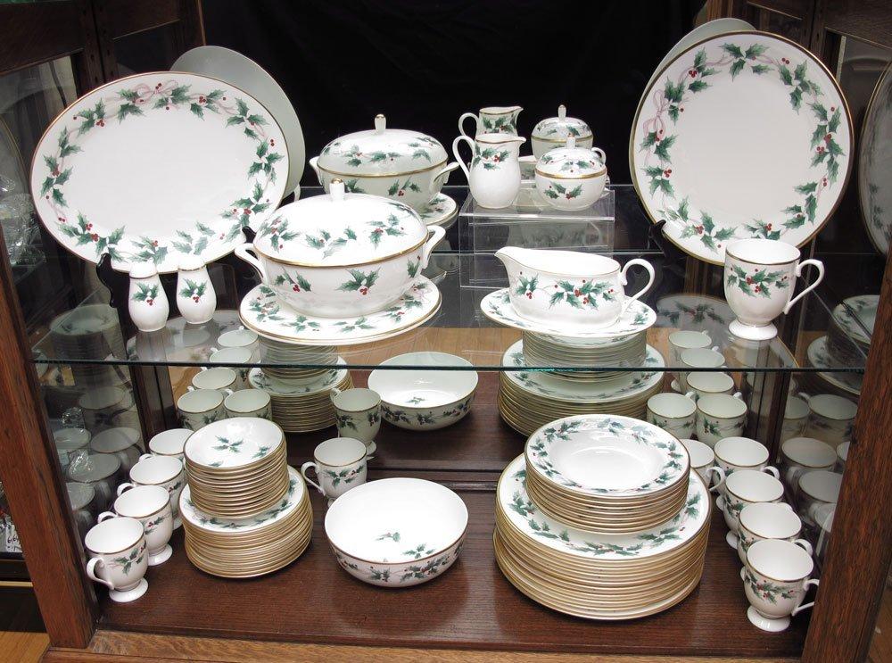 308 mikasa bone china service ribbon holly 62 piece