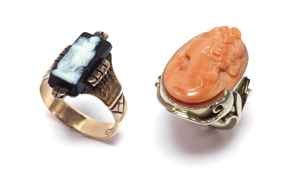 2 ANTIQUE CAMEO RINGS CORAL AND STONE