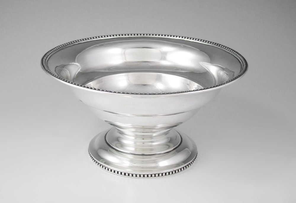 7: TIFFANY, YOUNG & ELLIS SILVER FOOTED CENTER BOWL