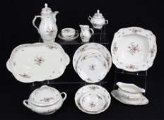 369 71 pc ROSENTHAL CLASSIC ROSE CHINA FOR 8