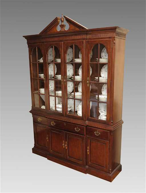 - 48: DREXEL VINTAGE CHERRY CHINA CABINET
