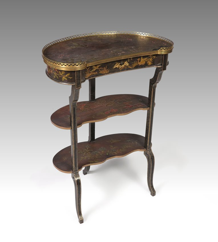 13: CHINOISERIE DECORATED KIDNEY SHAPE TABLE