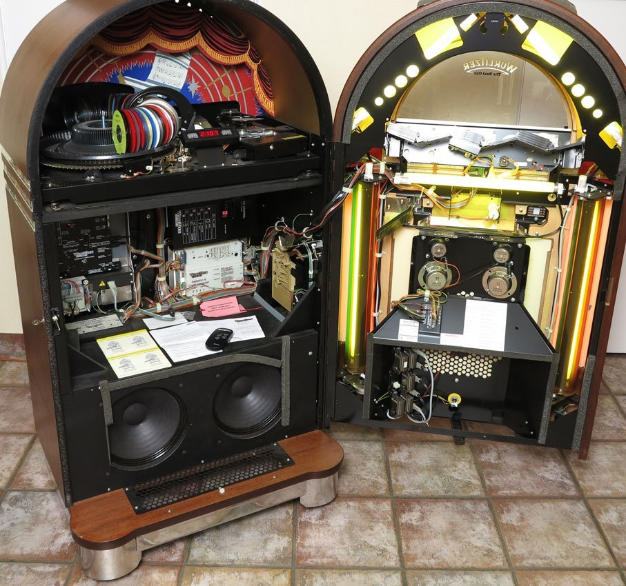 100: GERMAN WURLITZER OMT 1015 CD JUKEBOX - 3