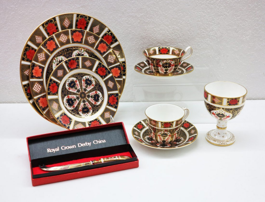20: 70 piece ROYAL CROWN DERBY OLD IMARI CHINA