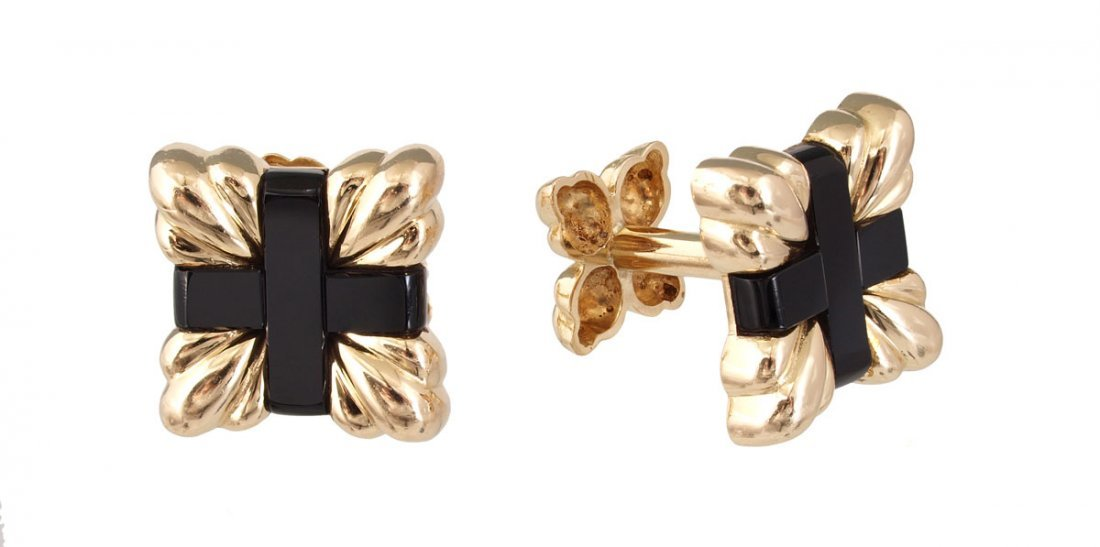 16: TIFFANY & CO 18K GOLD & ONYX CUFF LINKS signed