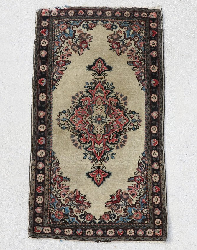 363: SEMI-ANTIQUE PERSIAN HAND KNOTTED WOOL RUG 2