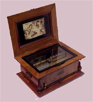 GERMAN DISC MUSIC BOX WITH 18 DISCS