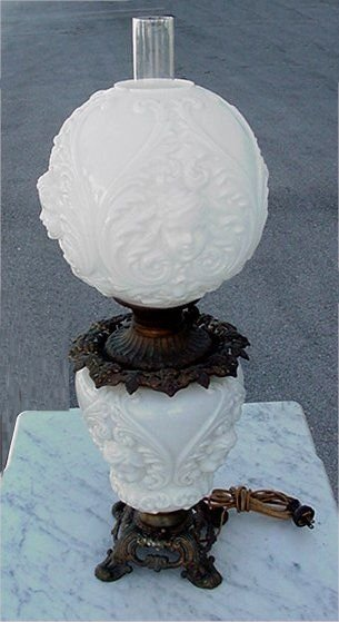 2B: CHERUB FACE GONE WITH THE WIND LAMP