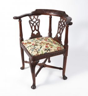 16: CHIPPENDALE PERIOD CARVED CORNER CHAIR