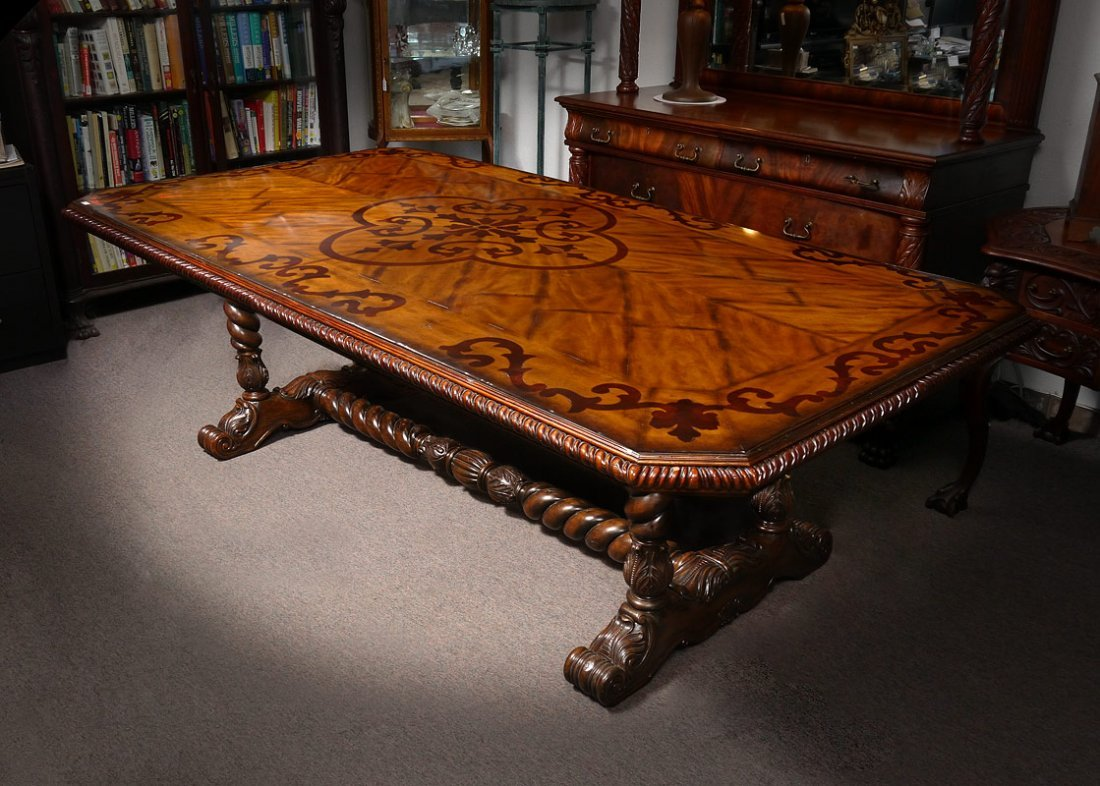 MAITLAND SMITH MARQUETRY INLAID DINING TABLE Lot 0049