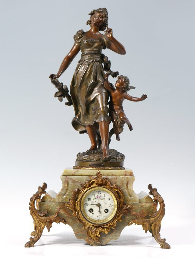 FRENCH FIGURAL BRONZE AND GREEN ONYX MANTLE CLOCK