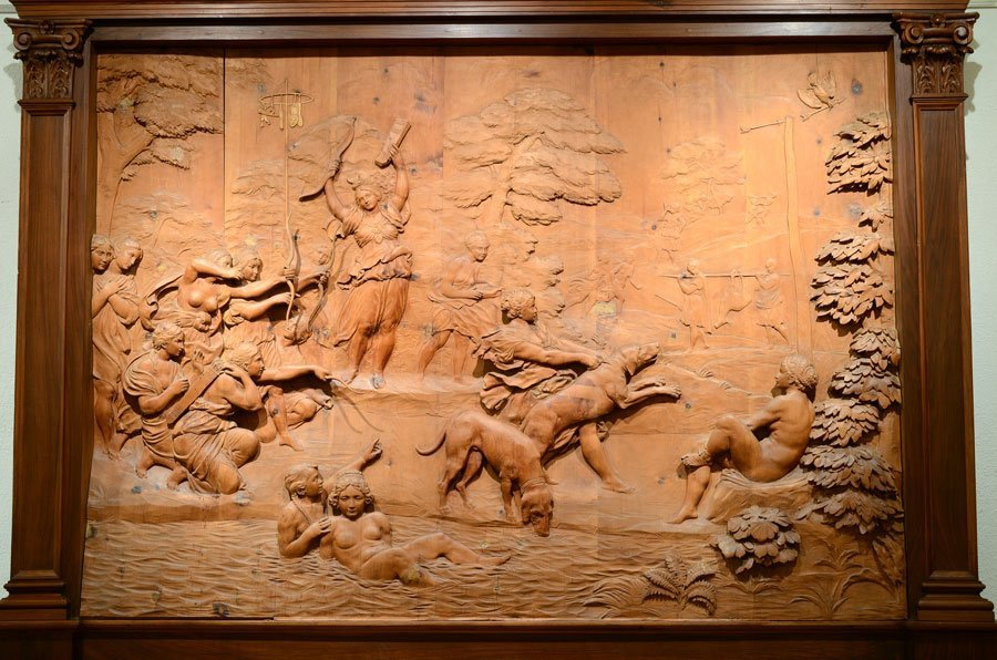 MONUMENTAL CARVED WOOD FRESCO THE HUNT OF DIANA - 2