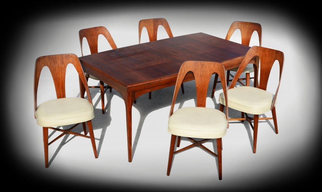 RICHARDSON NEMSCHOFF DINING TABLE & 6 CHAIRS