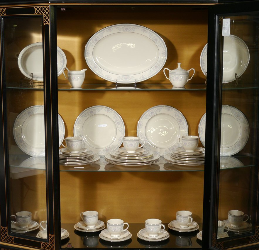 60 PIECE LENOX MOUNT VERNON CHINA