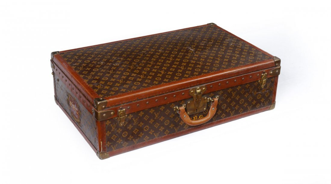 VINTAGE LOUIS VUITTON HARD SUITCASE:  Interior with