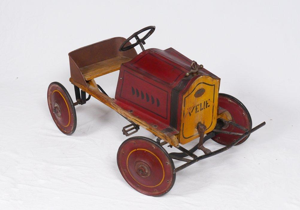 CIRCA 1915 AMERICAN NATIONAL VELIE PEDAL CAR