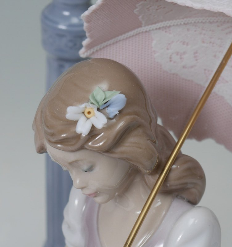 LLADRO PORCELAIN FLOWERS FOR EVERYONE #6809 - 4