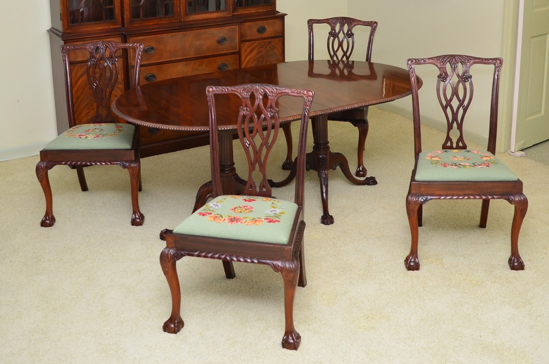 BEACON HILL CHIPPENDALE STYLE TABLE & CHAIRS