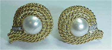 CASSIS 18K YELLOW 11MM MABE PEARL OMEGA EARRINGS