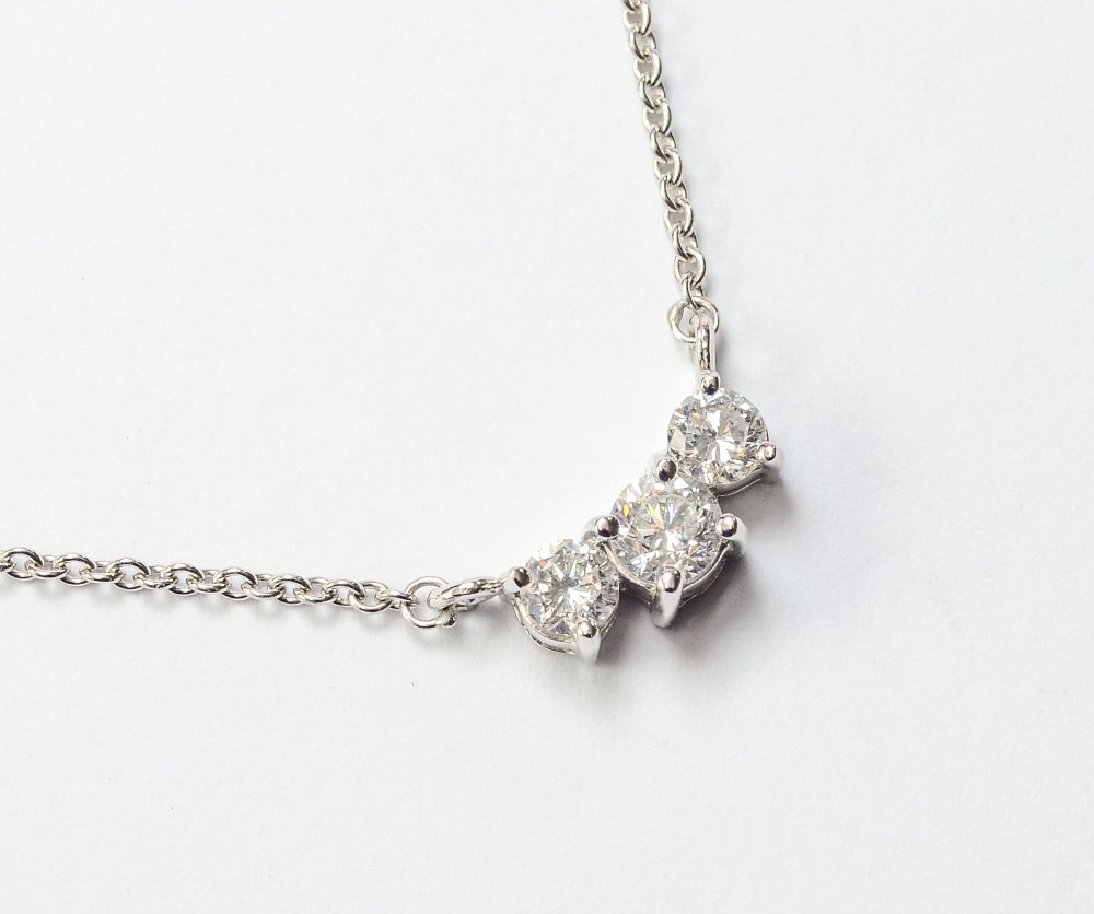 DIAMOND PAST PRESENT & FUTURE DIAMOND NECKLACE 1