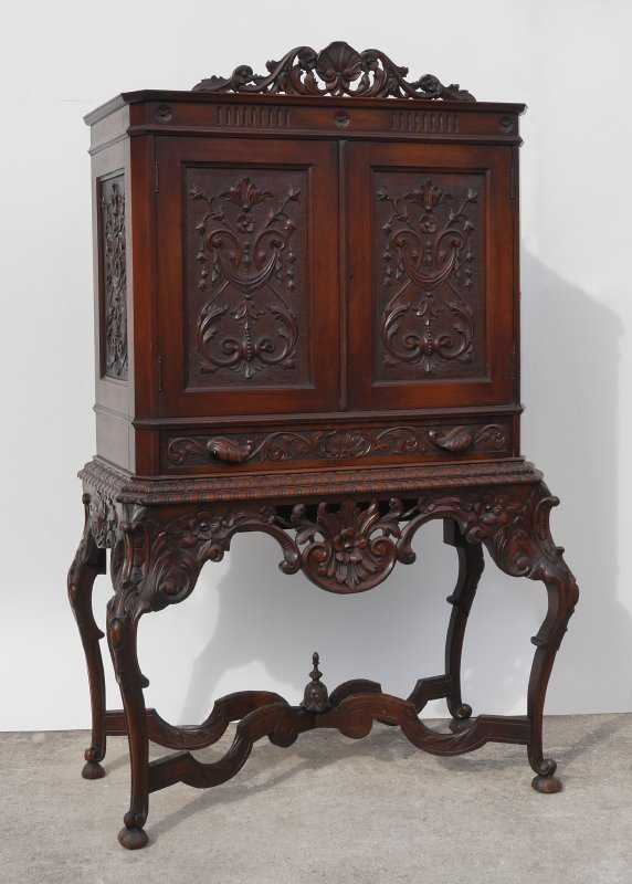VICTORIAN CARVED CABINET