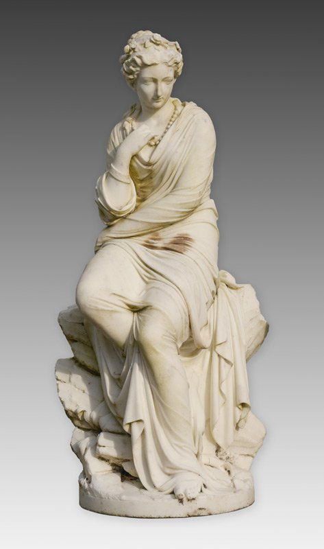 LARGE AND IMPRESSIVE MARBLE SCULPTURE OF A BEAUTY