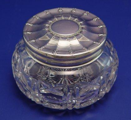 1010: TIFFANY & CO CUT GLASS DRESSER JAR W/ SILVER LID
