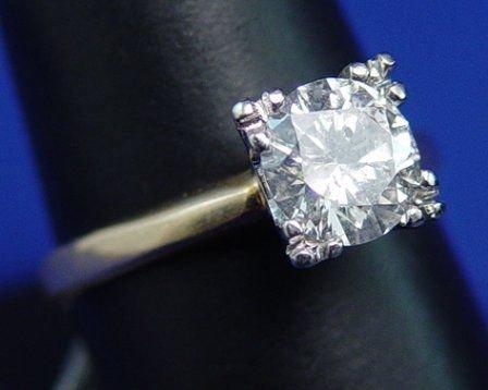 1012: 1.33ct LADIES  DIAMOND SOLITAIRE 14k SZ 7.75