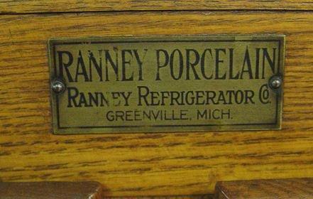 331: RANNEY GOLDEN OAK ICE BOX - 2