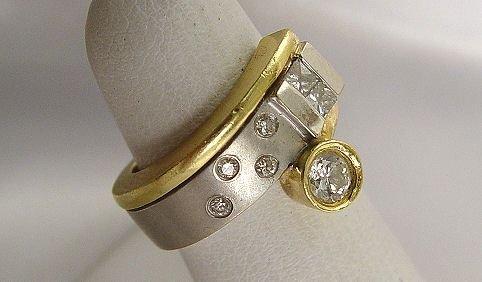 1007: APPROX 1/2CTW DIAMOND RING 18K WHT YLW SZ5 11 GRM
